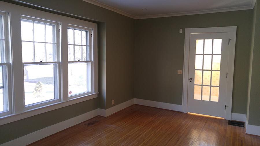 Living room Southern Pkwy 1 door-900w